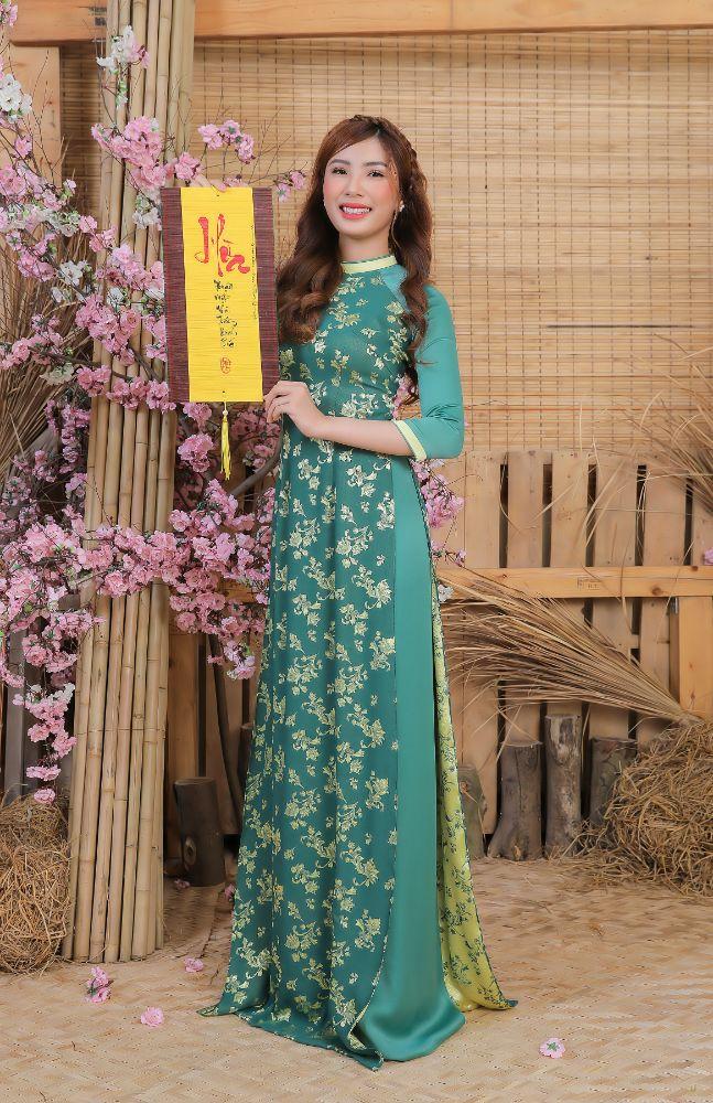 15879dd83a0e60b976765a4862f5313e Top 20 Miss HUTECH 2021 diện Áo dài Việt Hùng, khoe nhan sắc lộng lẫy