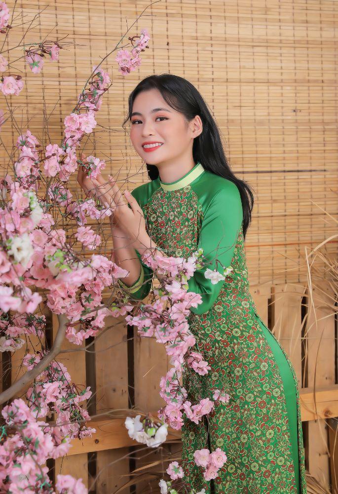 3e1ded7252b0dd6a08415036f80f1a20 Top 20 Miss HUTECH 2021 diện Áo dài Việt Hùng, khoe nhan sắc lộng lẫy