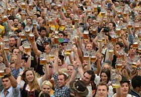Oktoberfest – Lễ hội… say xỉn