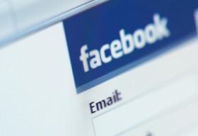 Ảo tưởng cuộc sống trên Facebook