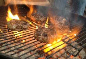 5 thói quen gây hại khôn lường khi nấu ăn