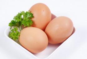 7 thực phẩm ăn cùng trứng gà vô cùng nguy hiểm