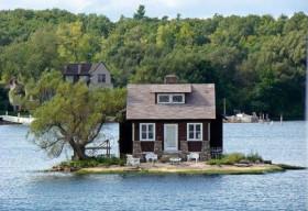Ngắm những ngôi nhà bên hồ đẹp như mơ