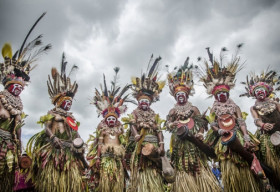 Nghi lễ thổ dân thu hút hơn 100 bộ lạc ở châu Phi
