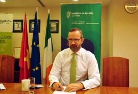 Lời khuyên của Đại sứ Ireland tại Việt Nam dành cho LGBT Việt