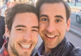 Chuyện tình yêu của một chàng trai đồng tính có HIV