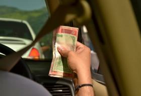 Uber thử nghiệm thanh toán tiền mặt tại Ấn Độ