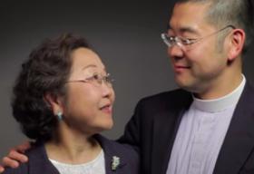 Cha mẹ gốc Á công khai ủng hộ con là LGBT trên truyền hình