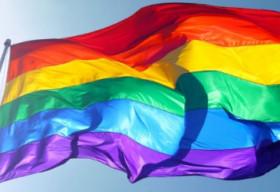 Phong trào thay ảnh ủng hộ cộng đông LGBT: Adua hay đồng tình?
