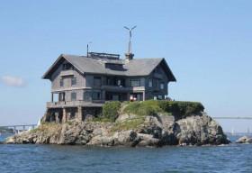 Độc đáo biệt thự 23 phòng giữa biển xanh