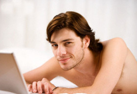 Đàn ông thích phim sex, vì sao?