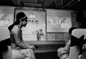 'Cùng con đi khắp thế gian': Hãy tin rằng con bạn là thiên tài