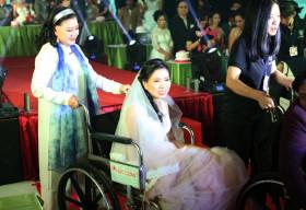 NSND Kim Cương tổ chức lễ cưới cho 40 cặp đôi khuyết tật