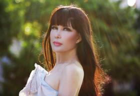 Nhật Hạ: 'Chồng tôi yêu tiếng hát của tôi hơn là yêu tôi'