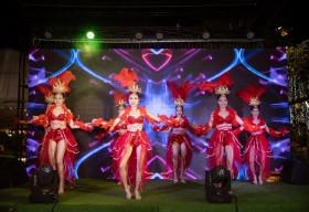 Hoành tráng đêm gala 'Vinh quang toả sáng' kỷ niệm ba năm thành lập củaMỹ phẩm She Life