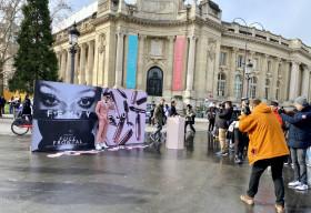 Lần đầu dự Tuần lễ Thời trang Paris, hotboy Kha Vũ được truyền thông quốc tế săn đón