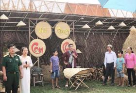 Quyền Linh làm MC gameshow về gia đình 'Vui Cùng Con Cháu'