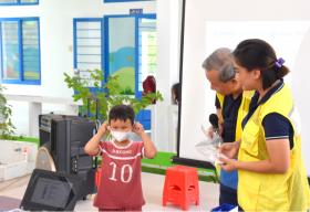 CapitaLand trao tặng bộ chăm sóc sức khỏe phòng chống COVID-19 cho hơn 1,400 em học sinh thuộc 4 trường CapitaLand Hope tại Việt Nam