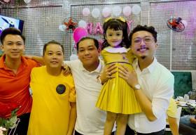 Hồ Việt Trung viết nhạc mừng sinh nhật 5 tuổi của con gái