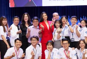 Á hậu Kim Duyên: Hãy bảo vệ những người nhiễm HIV thay vì chỉ trích và xa lánh