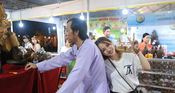 Ánh Linh trải lòng chuyện ám ảnh mỗi đêm khi được Hoài Linh nhận làm con nuôi