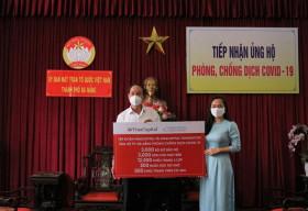 VinaCapital và VinaCapital Foundation trao tặng thiết bị bảo hộ phòng chống dịch COVID-19 cho Đà Nẵng