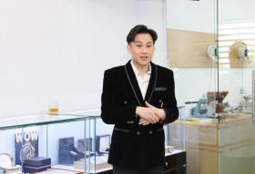 Dương Triệu Vũ ra mắt dịch vụ kiểm định đồng hồ hàng hiệu cao cấp