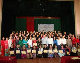 VinaCapital Foundation và Quỹ học bổng Vừ A Dính ra mắt CLB Nữ sinh Mở đường đến tương lai 'Hoa Bản làng'