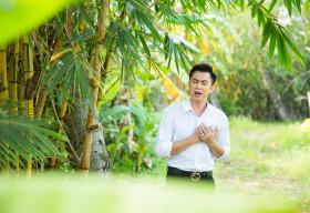 Rơi nước mắt với MV mới đầy cảm xúc của Hồ Việt Trung kể về mẹ