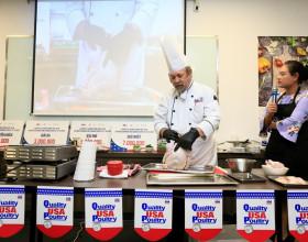 Bếp trưởng Norbert Ehrbar hướng dẫn món ăn từ thịt gà Mỹ: Vừa ngon lại dễ làm