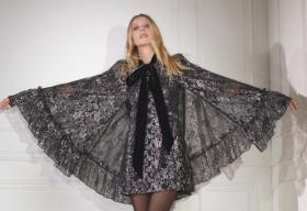 H&M hợp tác với The Vampire's Wife: Một bộ sưu tập quyến rũ, huyền bí và mạnh mẽ