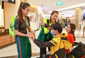 Dàn hoa hậu, á hậu 'Vietnam Why Not' hoang mang với thử thách tại Landamrk 81