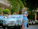 Hoa hậu Huyền Trân khoe trọn vẻ đài các trong BST Áo dài xưa của NTK Việt Hùng