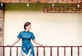 Lều Phương Anh khoe bộ ảnh hạnh phúc cùng hai con du xuân sớm tại Sài Gòn