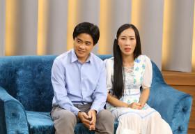 Nghị lực phi thường của đôi vợ chồng trẻ giúp con vượt qua bệnh hiếm từng ngày