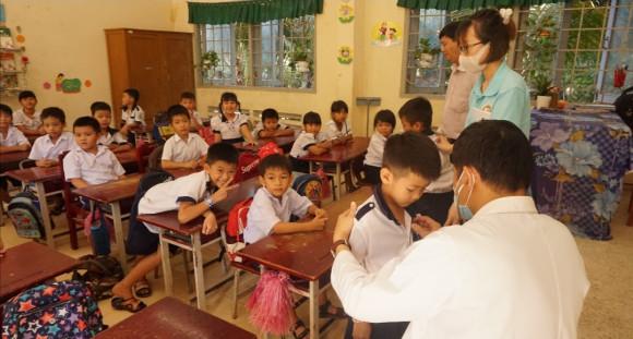 'FedEx Delivers Heartbeats' tiếp cận các khu vực khó khăn để giúp đỡ trẻ em mắc bệnh tim bẩm sinh tại Việt Nam
