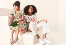 H&M hợp tác với họa sĩ Angela Mckay ra mắt BST thời trang bền vững cho trẻ em