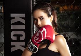 Trở lại với boxing, Bella Mai khoe cơ bụng số 11 săn chắc, quyến rũ