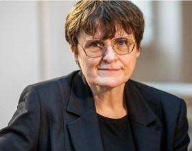 Kariko Katalin: Người phụ nữ đứng sau công nghệ mRNA điều chế vaccine Covid-19