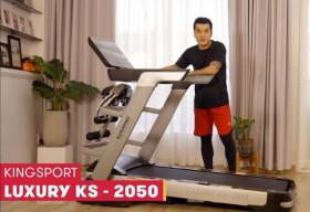 Ưng Hoàng Phúc 'ở nhà vẫn vui' với máy chạy bộ bán chạy nhất Việt Nam Kingsport KS 2050