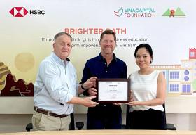 HSBC Việt Nam phối hợp với VinaCapital Foundation thực hiện dự án 'Nền tảng học tương tác trực tuyến Câu lạc bộ nữ sinh Mở đường đến Tương lai'