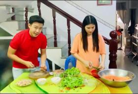 Thanh Duy 'đảm đang', xắn tay áo vào bếp phụ vợ Kha Ly trong Ở Nhà Vui Mà