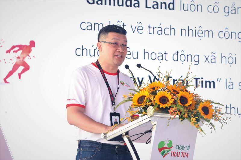 Ông Wyeren Yap Vooi Soon Tổng giám đốc Gamuda Land TP.HCM phát biểu khai mạc chương trình Chạy Vì Trái Tim lần 7 quyên góp được hơn 6 tỷ đồng, gần 250 trẻ em nghèo sẽ được chữa trị