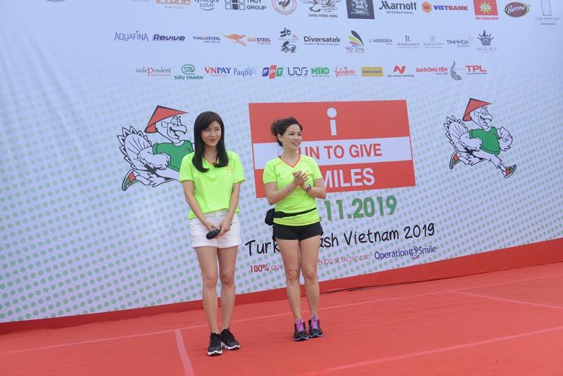 TURKEY DASH – I RUN TO GIVE SMILES 2019 chạy bộ gây quỹ từ thiện Hoàng hậu Ki Ha Ji Won 2 Hoàng hậu Ki tham gia chạy bộ gây quỹ từ thiện TURKEY DASH – I RUN TO GIVE SMILES 2019