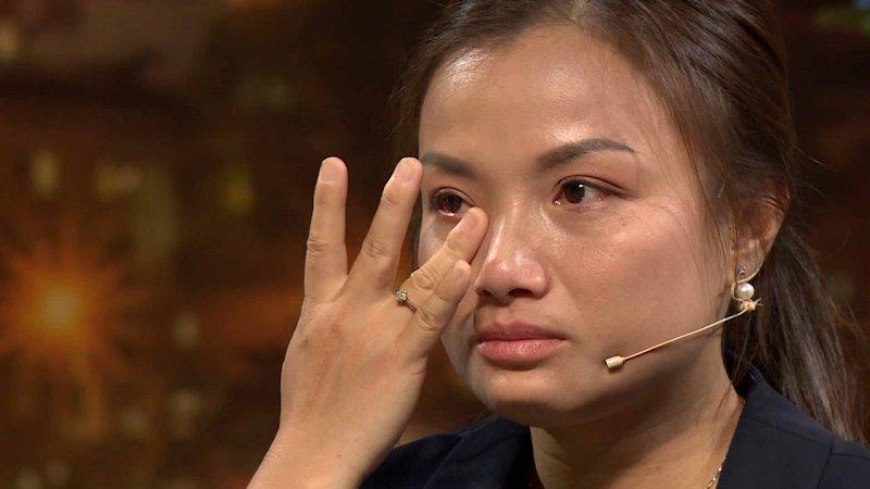 dieu me tuyet voi nhat 5 Quỳnh Trần JP khóc nức nở khi nhắc lại những khó khăn trong hành trình tìm con