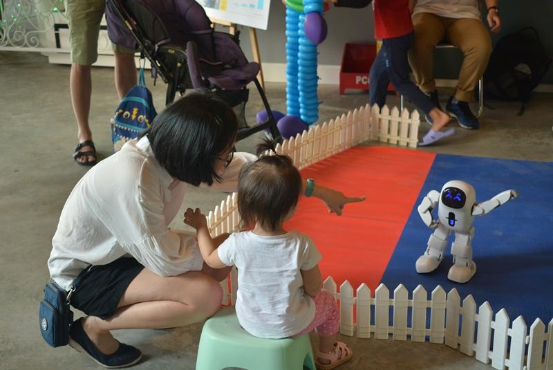 sự kiện All She Wants sự kiện cộng đồng allshewants Saigon Childrens Charity CapitaLand Vietnam 1 Hơn 1000 người tham dự sự kiện All She Wants ủng hộ trẻ em gái tới trường