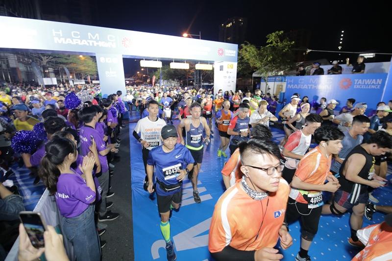 Giải Marathon Thành phố Hồ Chí Minh 2020 2 Cô gái vàng làng Điền kinh Việt vô địch marathon tại Giải Marathon Thành phố Hồ Chí Minh 2020