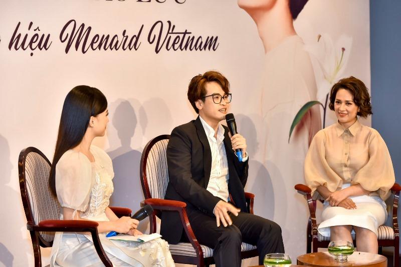 Bà Lê Thanh Hương Tổng Giám Đốc Menard VN Ca Sĩ Hà Anh Tuấn 2 Hà Anh Tuấn trở thành đại sứ thương hiệu mỹ phẩm cao cấp Menard Việt Nam