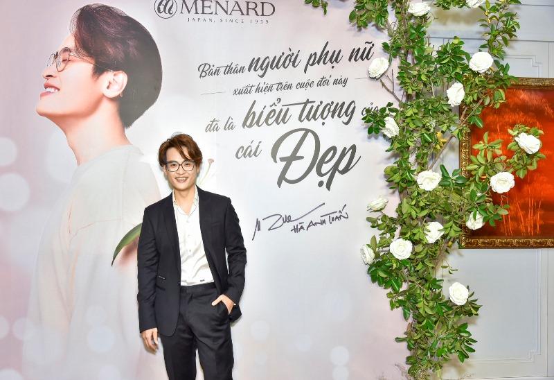 Ca Sĩ Hà Anh Tuấn 1 Hà Anh Tuấn trở thành đại sứ thương hiệu mỹ phẩm cao cấp Menard Việt Nam