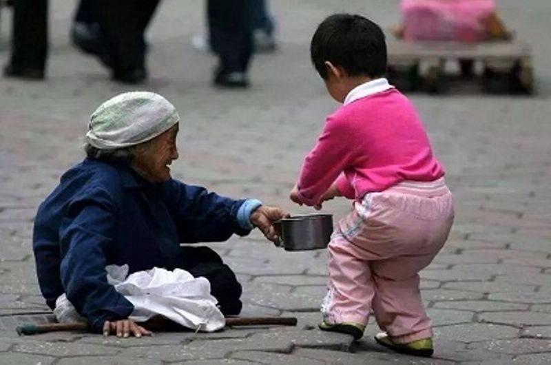 6 2 Câu chuyện cuộc sống: Khen sao cho đúng và giá trị của lời khen với con trẻ